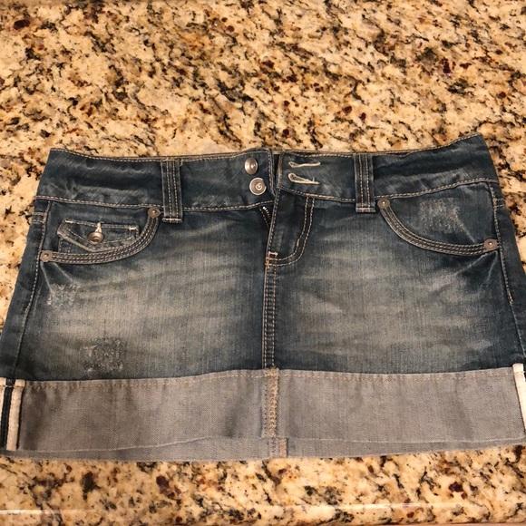 SO Dresses & Skirts - Denim jean mini skirt - EUC